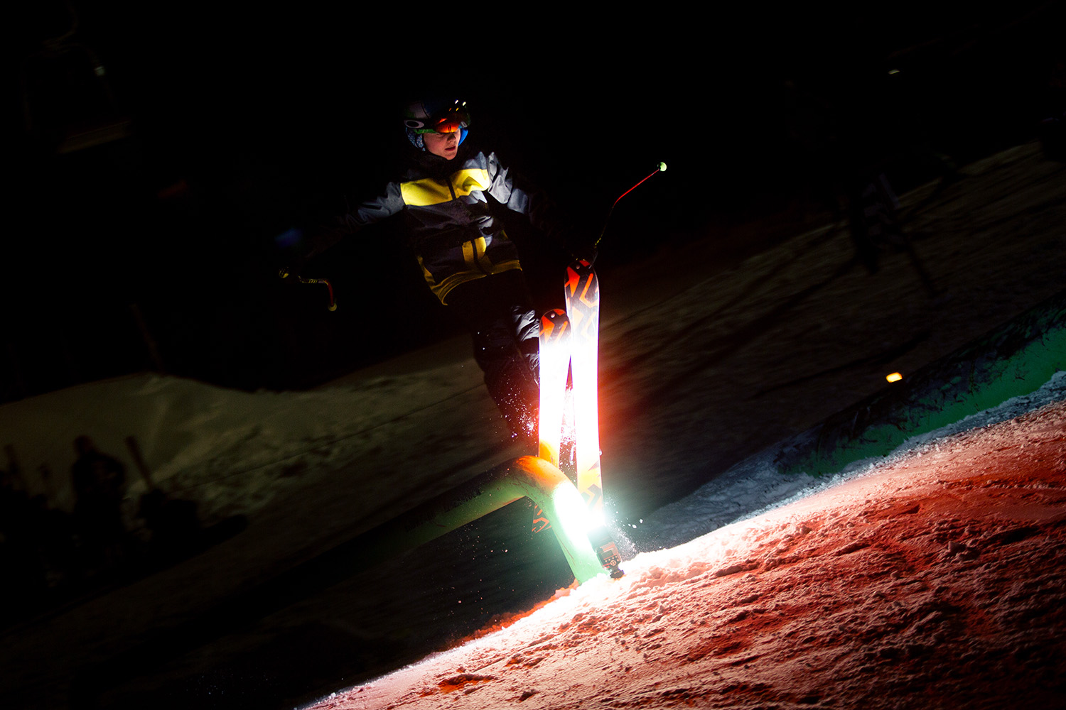 Action im Snowpark Eibenstock – Macheta Rail Jam on Fire